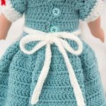18'' Crochet Nursing Doll Uniform. Long Dress With Long Apron And Hat. Back View With Buttons || thecrochetspace.com