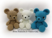 adorable crocheted mini teddy bears | the crochet space