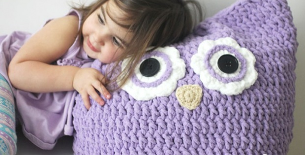 Free Owl Stuffed Cuddly Crochet Pattern : Cuddly Crochet Owl Pillow [FREE Crochet Pattern]