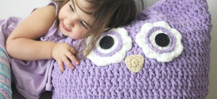 crochet owl pillow | the crochet space