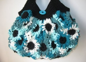 crochet flower purse | the knitting space