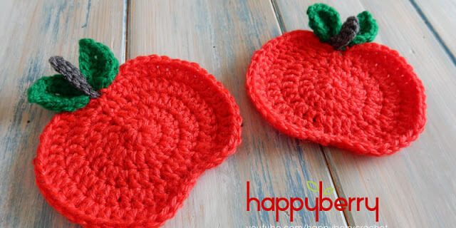 crochet apple coasters | the crochet space