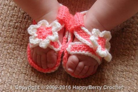 crocheted baby sandals | the crochet space
