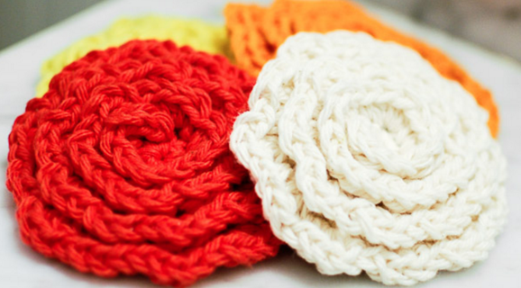 crochet flower face cleansing pads | the crochet space