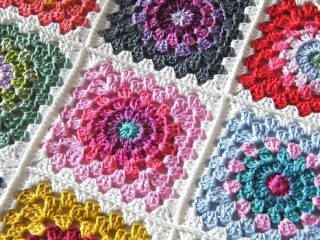 crochet flower block granny squares | the crochet space