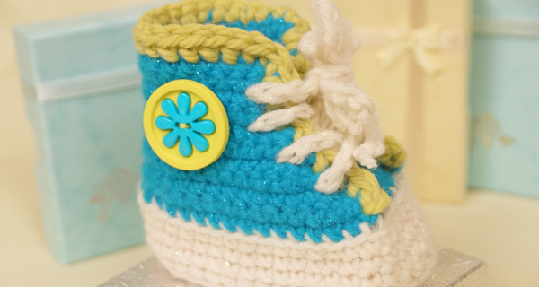 sweet crocheted high tops | the crochet space