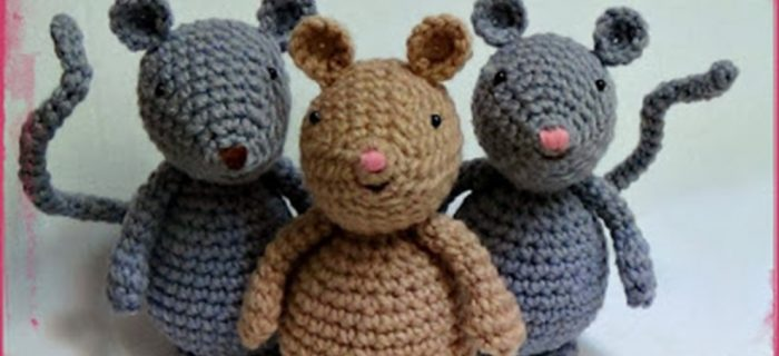 crochet amigurumi mouse | the crochet space