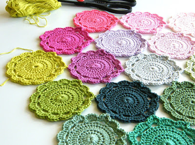 crochet Maisie flower | the crochet space