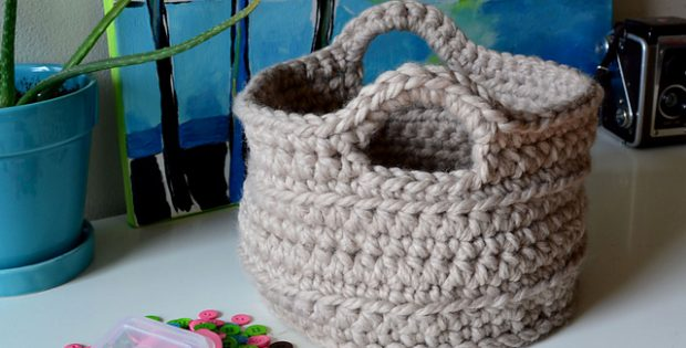 chunky crocheted basket | the crochet space