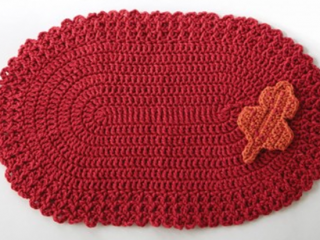 Easy Cherry Red Crochet Placemat | the crochet space