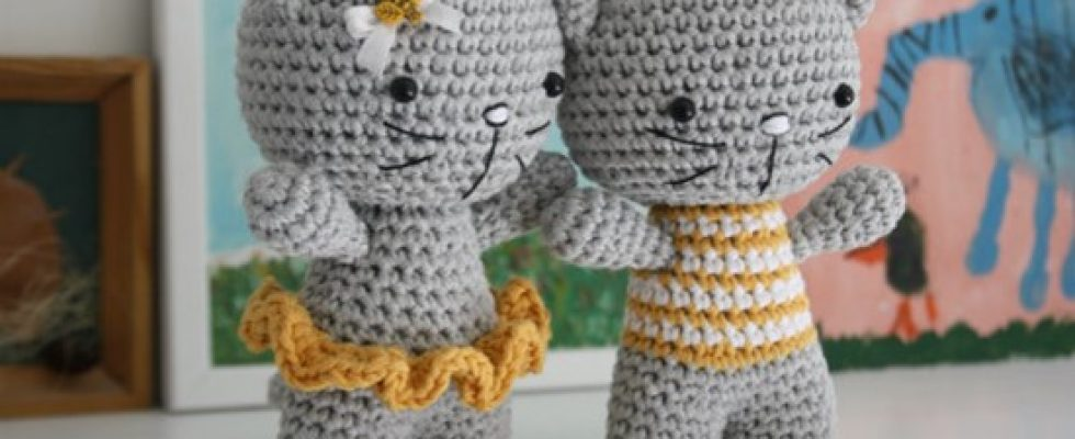 Cute Crocheted Amigurumi Cats [FREE Crochet Pattern]