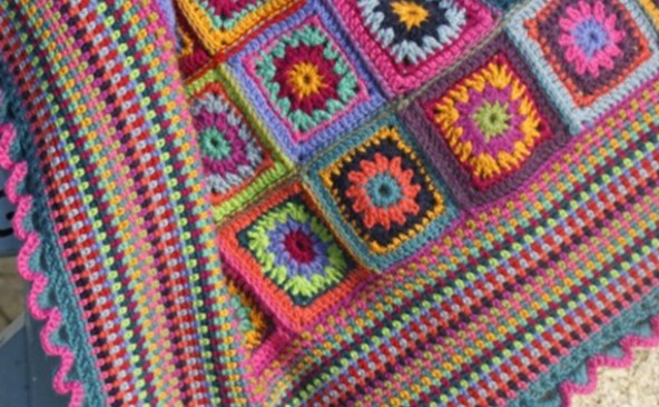 Gypsy Rose crocheted blanket | the crochet space