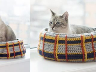 cute kitty crocheted cat bed | the crochet space