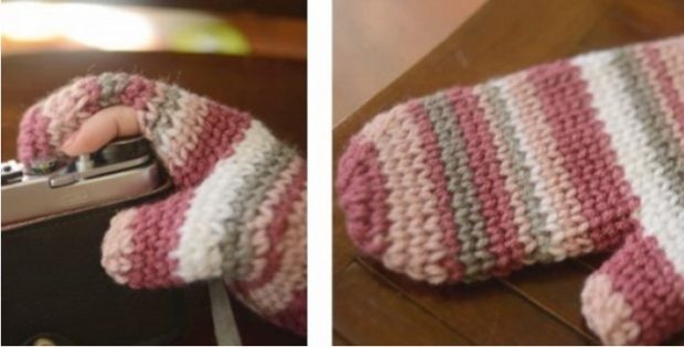 Crocheted Photography Mitten Free Crochet Pattern