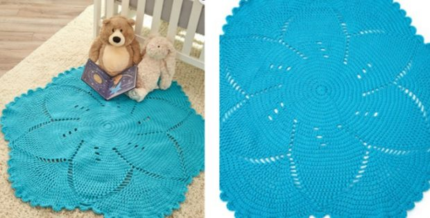 Scalloped Crocheted Baby Play Mat Free Crochet Pattern