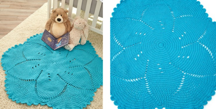 Scalloped Crocheted Baby Play Mat | the crochet space