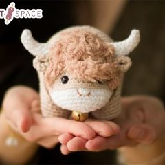 2021 Chinese Crochet Ox || thecrochetspace.com