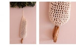 Crocheted Plastic Bag Holder | thecrochetspace.com