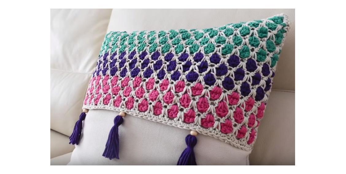 Moroccan Tile Stitch Crochet | thecrochetspace.com