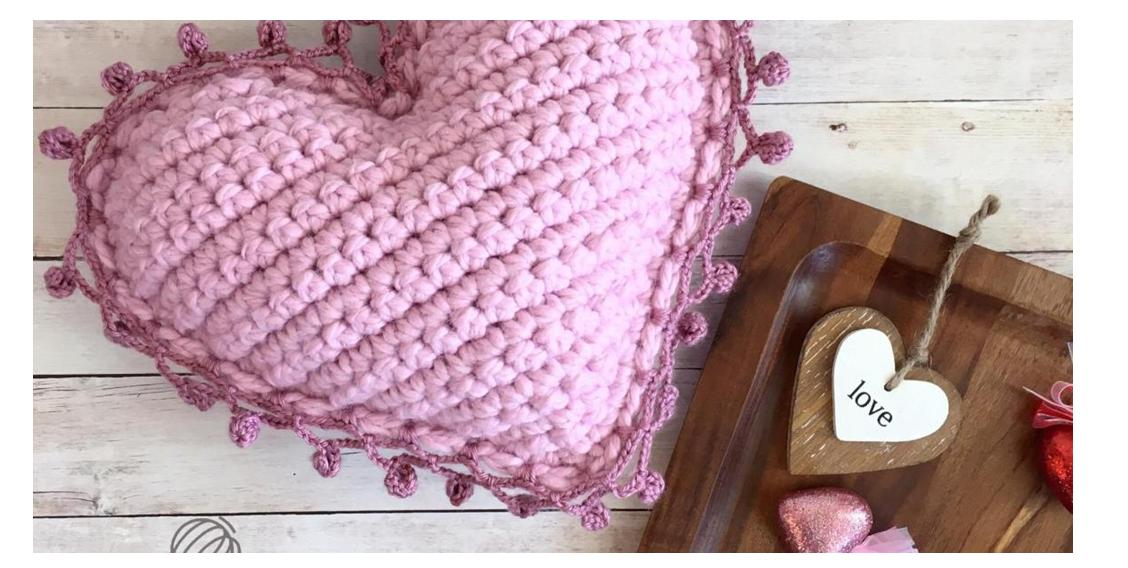 Crocheted Heart Shaped Pillow | thecrochetspace.com