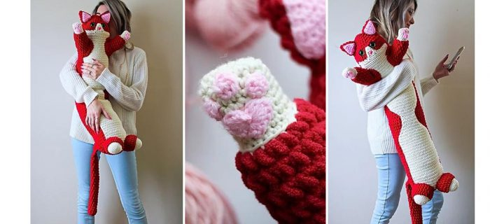 Valentine Crochet kitty Pillow | thecrochetspace.com
