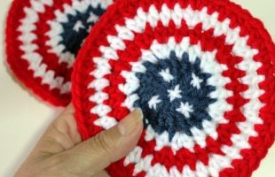 Fun USA Crochet Coaster | thecrochetspace.com