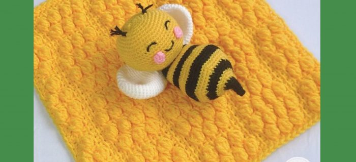 Tunisian Crochet Bee-Trice Blankie | thecrochetspace.com