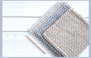 Bean CreekCrochet Dishcloth || thecrochetspace.com