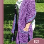 Beginners Crochet Pocket Wrap. Opposite side view, crafted in purple with blue accents || thecrocvhetspace.com