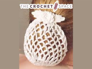 Bridal Rose Crochet Snood || thecrochetspace.com