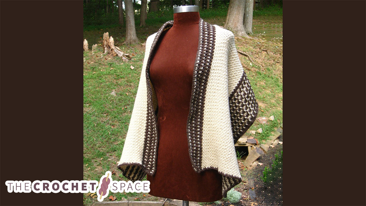 Chic Fisher's Crochet Wrap || thecrochetspace.com