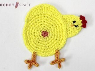 Chicken Butt Crocheted Coasters || thecrochetspace.com