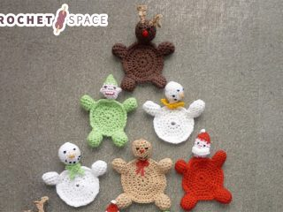 Christmas Crocheted Coasters || thecrochetspace.com