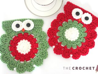 Christmas Crocheted Owl Coasters || thecrochetspace.com