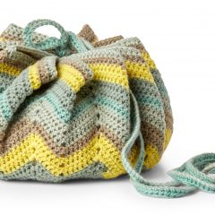 Convertible Drawstring Crochet Bag || thecrochetspace.com