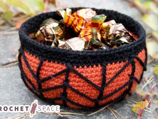 Creepy Candy Crocheted Basket || thecrochetspace.com