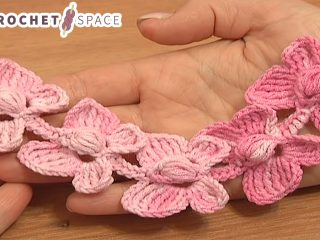 Crochet Butterfly Chain || thecrochetspace.com