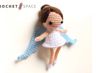 Crochet Christmas Angel Pixie || thecrochetspace.com