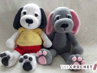 Crochet Cuddle Up Puppy || thecrochetspace.com