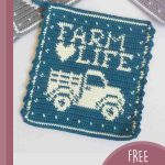 Crochet Farm Hot Pad. Farm Truck wirh Writing and a heart in white || thecrochetspace.com