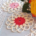 Crochet Lace Flower Motif. Laid out on a white table cloth || thecrochetspace.com