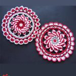 Crochet Peppermint Pinwheel Doily . Red and white doily || thecrochetspace.com