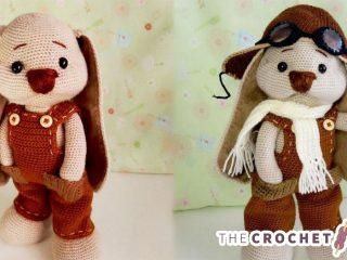 Crochet Roger Racy Rabbit || thecrochetspace.com