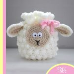 Crochet Sheep Drawstring Bag. Filled bag with sheep face and ears || thecrochetspace.com