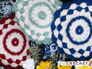 Crochet Shells Pot Holders || thecrochetspace.com