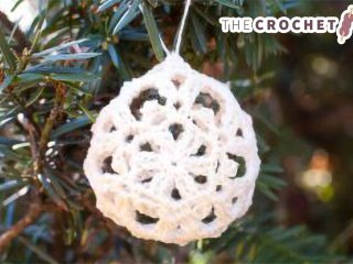Crocheted Lace Ornaments    thecrochetspace.com