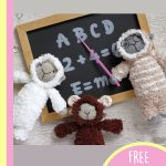 Cuddly Lamb Amigurumi Buddy. 2 standing and o1x sitting lamb in front of the blackboard || thecrochetspace.com