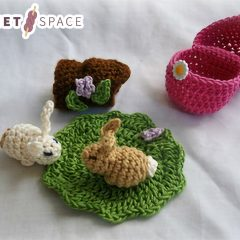 Easter Crochet Bunny Surprise || thecrochetspace.com