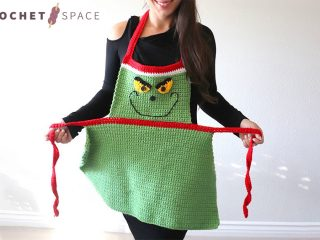 Easy Adult Christmas Apron || thecrochetspace.com