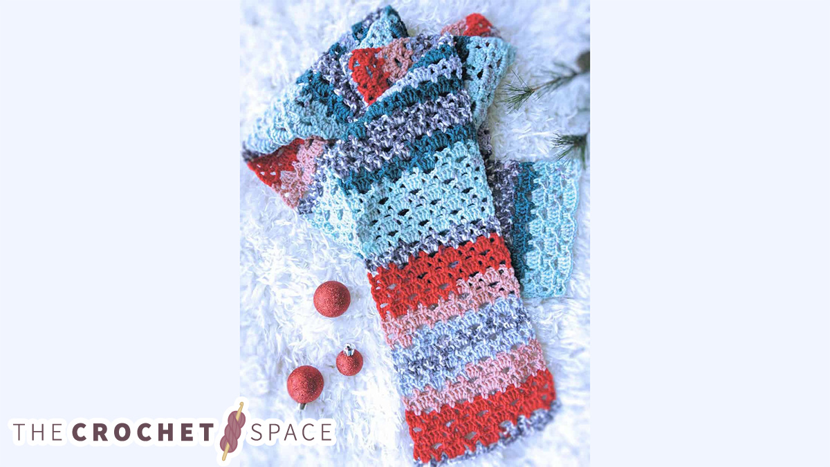 Easy Lace Crochet Scarf || The Crochet Space